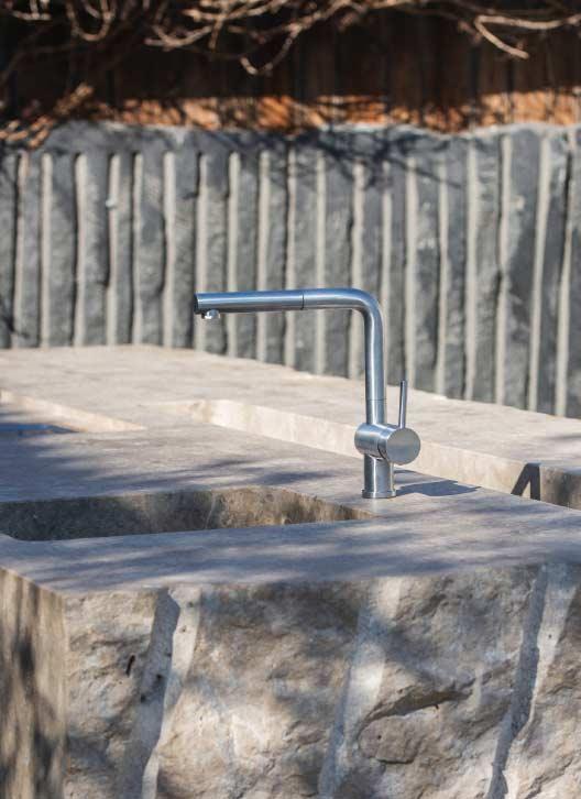 Die Gartenküche aus Stein, WADO14 Spül- und Eisbecken